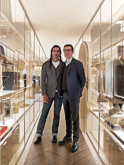- Sanjit Manku and Patrick Jouin inthe library