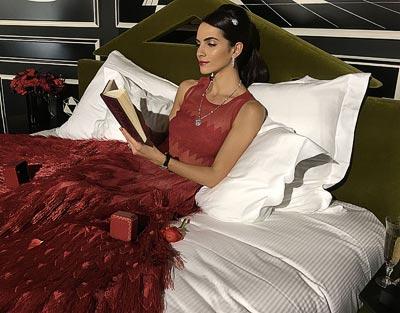Cartier, theCroqueuse de Diamants wears Alaïa atthe Montana Hotel