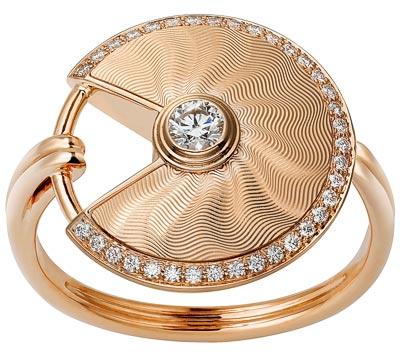 - <b>Amulette de Cartier Ring - </b> Small Model - Pink gold, diamonds