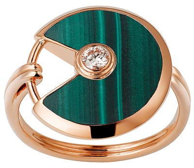 - <b>Amulette de Cartier Ring - </b>Small Model - Pink gold, malachite, adiamond