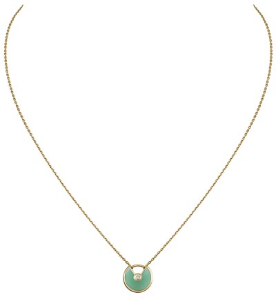 - <b>Amulette de Cartier Pendant Extra-Small Model</b> -  Yellow gold, chrysoprase, adiamond, chain inyellow gold