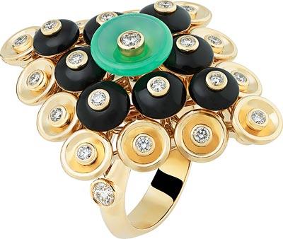 Bouton d'or ring, yellow gold, diamonds, onyx, chrysoprase