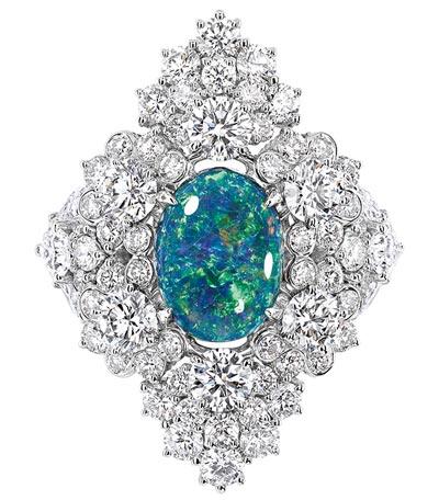 - Dior Étincelante Opal ring - 750/1000 white gold, diamonds and black opal - Ref.: JDDE93059