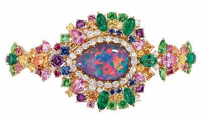 Dior Majestueuse Opal High Jewellery Timepiece  750/1000 yellow and white gold, diamonds, black opal, pink sapphires, spessartite and tsavorite garnets, emeralds, yellow sapphires, amethysts, rubies and sapphires Quartz movement - Ref.: JOLY93026