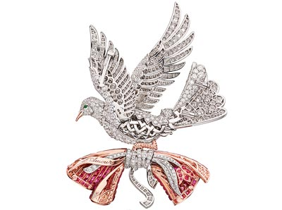 White gold, red gold, pink gold, diamonds, emeralds, rubies, Traditional Mystery Set rubies.