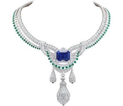 Pégase necklaces - White gold, diamonds, emeralds, sapphires,an emerald-cut sapphire of45.10 carats (Sri Lanka). Detachable clip.