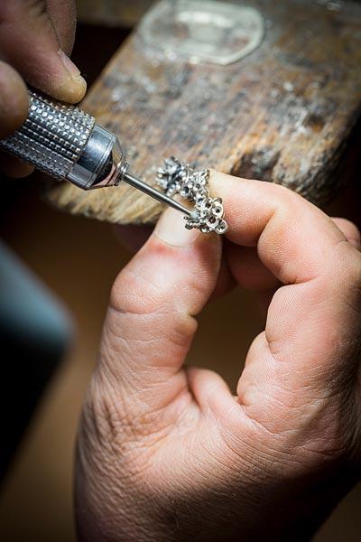 - Jewelry work, setting preparation