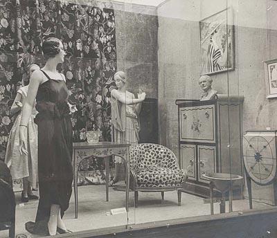 - Room fromthe exhibition Décor de la vie en 1900-1925 atthe Musée des Arts Décoratifs, 1937 <br>© Les Arts Décoratifs, Paris