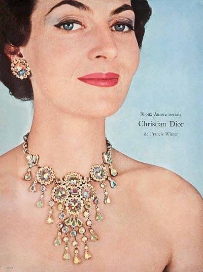 - Christian Dior necklace, Swarovski AB crystals, 1956. <br>© Swarovski Corporate Archive.
