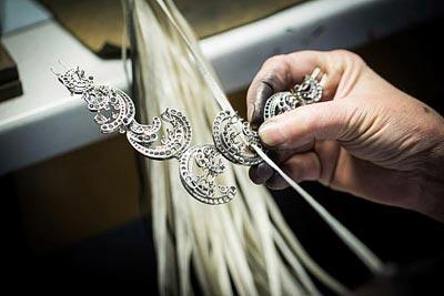 - Polishing work - thread polishing