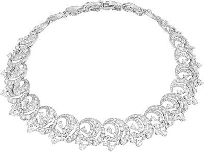 Écume diamants necklace: Diamonds. © Van Cleef &Arpels