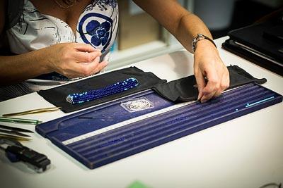 Savoir-faire: Rouleau Azur bracelet  - Threading work - traditional threading