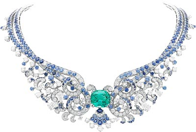 Clapotis necklace: White gold, round and pear-shaped diamonds, sapphires, one white cultured pearl, one cushion-cut green tourmaline of15.73 carats. © Van Cleef &Arpels