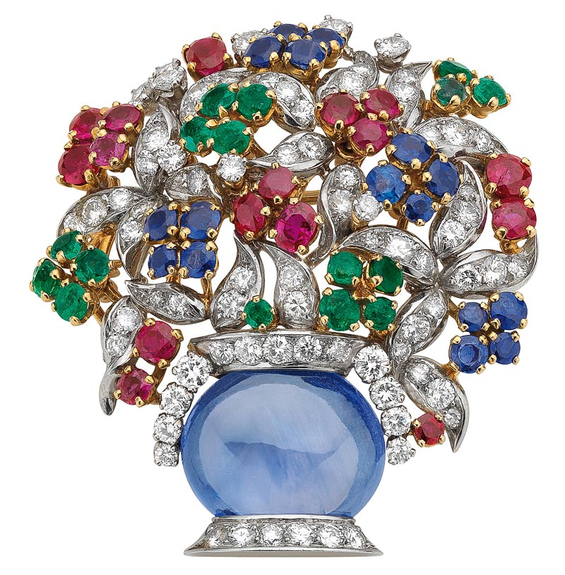 - <b>Bvlgari Heritage Collection:</b> <br>Giardinetto brooch in gold and platinum with sapphires, emeralds, rubies and diamonds, 1960 <br> Ref.: MUS0449