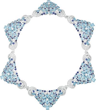 Lagune Précieuse necklace: White gold, round, baguette-cut and pear-shaped diamonds, sapphires, round, square-cut, octogonal-cut and pear-shaped aquamarines. © Van Cleef &Arpels