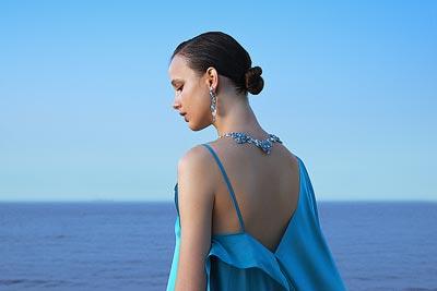 Lagune Précieuse necklace: © Van Cleef &Arpels - Photo by Sonia Sieff – Dress by Gaspard Yurkievich