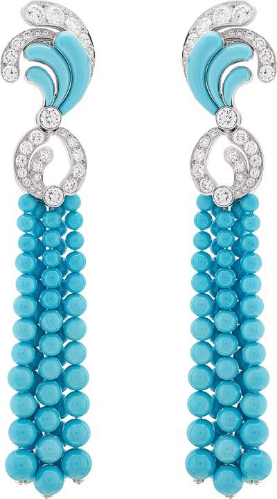 Bora Turquoise earrings: Turquoise, diamonds. © Van Cleef &Arpels