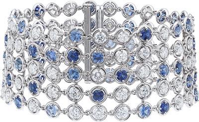 Brume de saphir bracelet: Sapphires and diamonds. © Van Cleef &Arpels