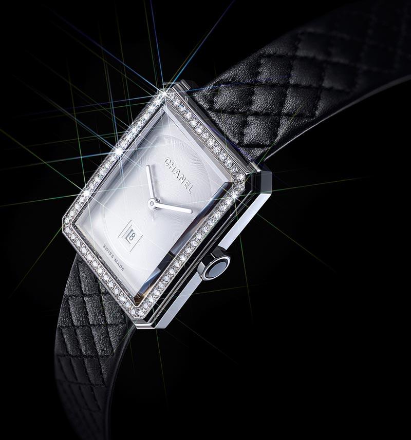 Montre BOYFRIEND enacier etdiamants, bracelet enveau matelassé noir, 34.6 mm, mouvement quartz.