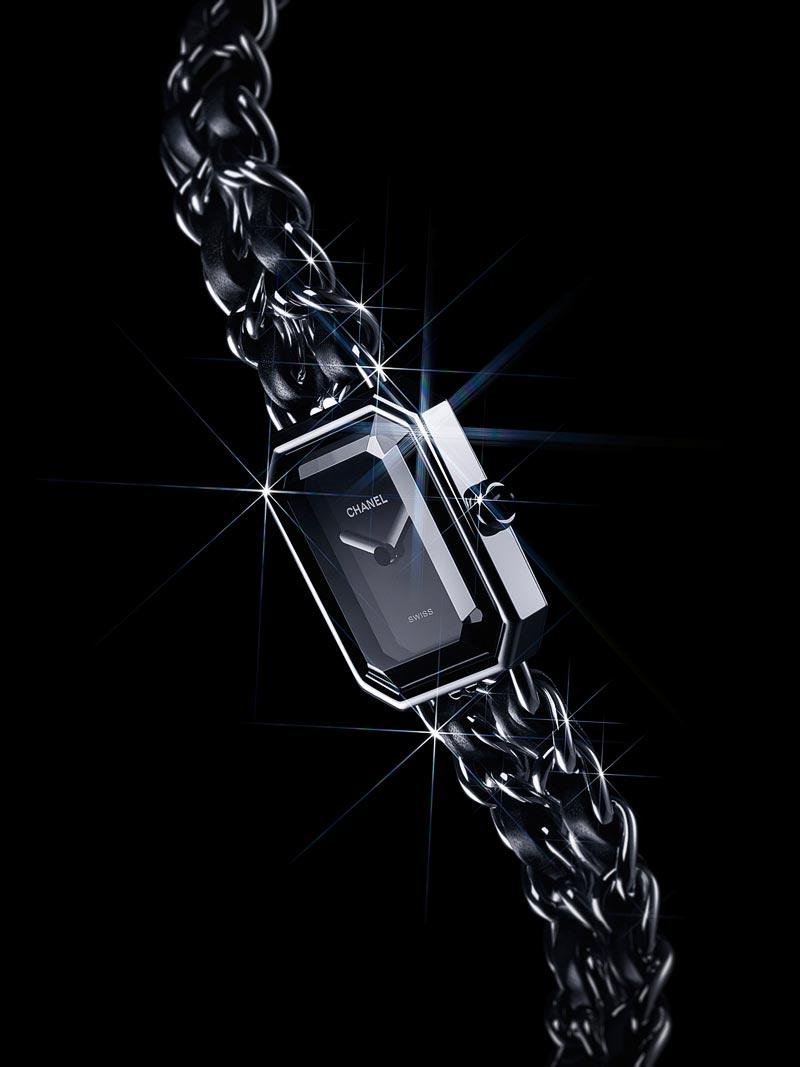Montre PREMIÈRE chaine enacier etbracelet encuir noir, 26.1 mm, mouvement quartz.