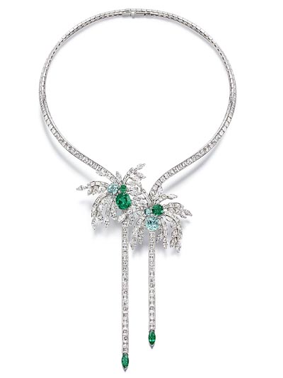 Necklace in 18K white gold set with 224 baguette-cut diamonds (approx. 44.82 cts), 45 marquise-cut diamonds (approx. 14.78 cts), 3 cushion-cut emeralds (approx. 7.66 cts), 3 cushion-cut green tourmalines (approx. 6.85 cts) and 2 marquise-cut emeralds (approx. 1.86 cts).