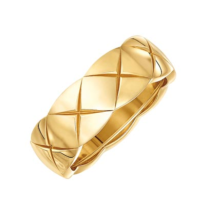 - <b>Coco Crush ring</b> in18k yellow gold. <br>Small version. Ref.: J10571 • 1970 €