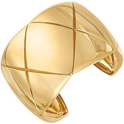 Coco Crush cuff in18k yellow gold. Ref.: J10572 • 19000 €