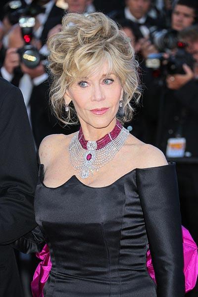 Jane Fonda wearing theCartier Reine Makéda necklace atthe 2015 Cannes Film Festival