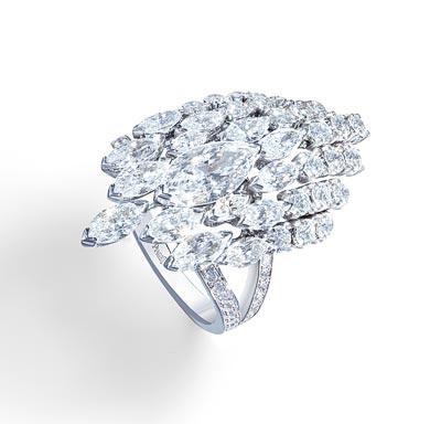- Ring inwhite gold &diamonds <b>G34HD400</b>