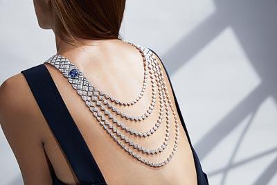 """Signature de Saphir"" necklace in18K white gold set withdiamonds and acushion-cut sapphire. ""Signature de  Chanel"" Collection"