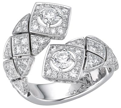 """""""Signature Duo"""" rings in18K white gold set withdiamonds - """"Signature Duo"""" ring in18K white gold set with158 brilliant-cut diamonds for atotal weight of2.6 carats"""