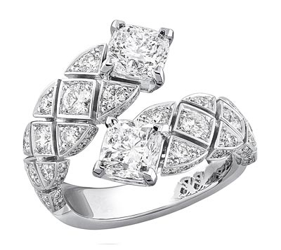 """""""Signature Duo"""" rings in18K white gold set withdiamonds - """"Signature Duo"""" ring in18K white gold set with2 cushion-cut diamonds for atotal weight of2 carats and 84 brilliant-cut diamonds for atotal weight of1.3 carat"""