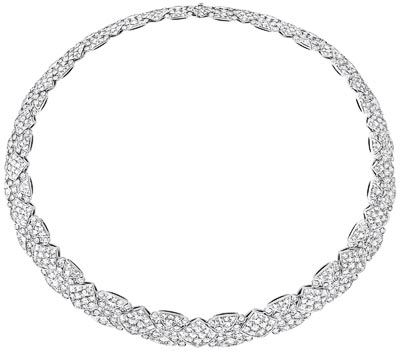 """Signature Surpiquée"" necklace in 18K white gold set with 728 brilliant-cut diamonds for a total weight of 34.2 carats. ""Signature de  Chanel"" Collection"
