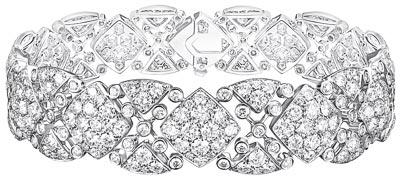"""Signature Surpiquée"" bracelet  in18K white gold set with365 brilliant-cut diamonds for atotal weight of13.1 carats. ""Signature de  Chanel"" Collection"