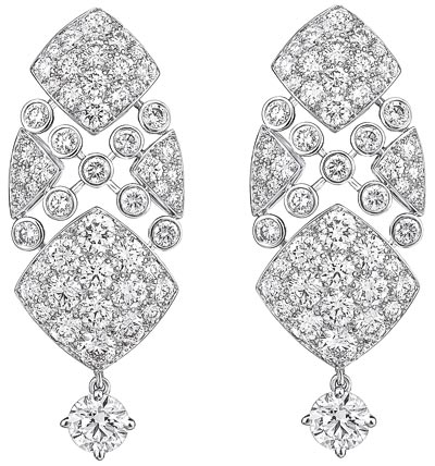 """Signature Surpiquée"" earrings in 18K white gold set with diamonds. ""Signature de  Chanel"" Collection - ""Signature Surpiquée"" earrings in 18K white gold set with 104 brilliant-cut diamonds for a total weight of 5 carats"