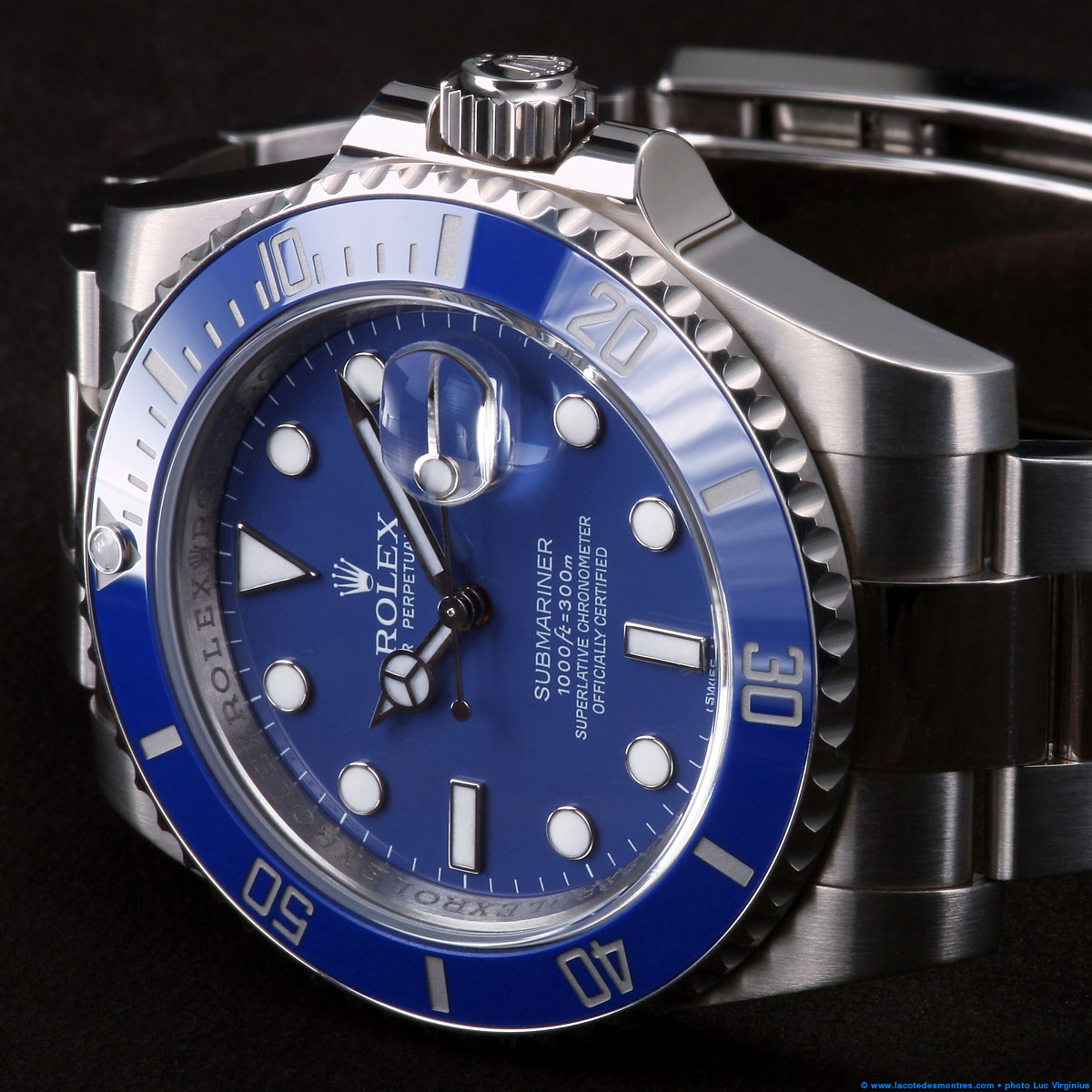 1249e8f4f70 La Cote des Montres   Photo - Rolex Submariner Date or blanc