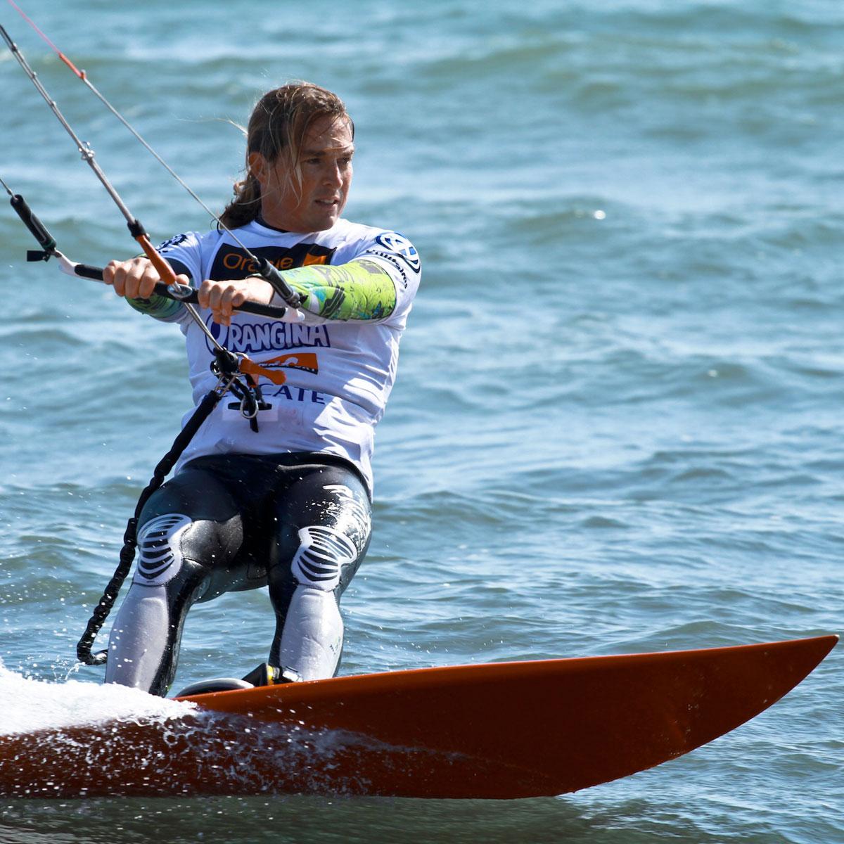 La Cote des Montres : Photo - L'ambassadeur Zenith Alex Caizergues triomphe au Mondial du Vent à Leucate, en France