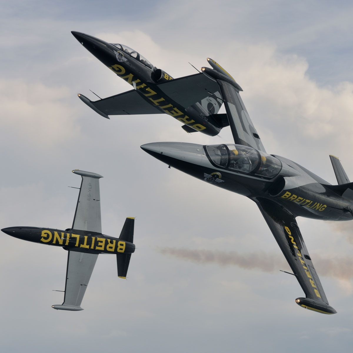 La Cote des Montres : Photo - Le Breitling Jet Team vole avec un Airbus A380