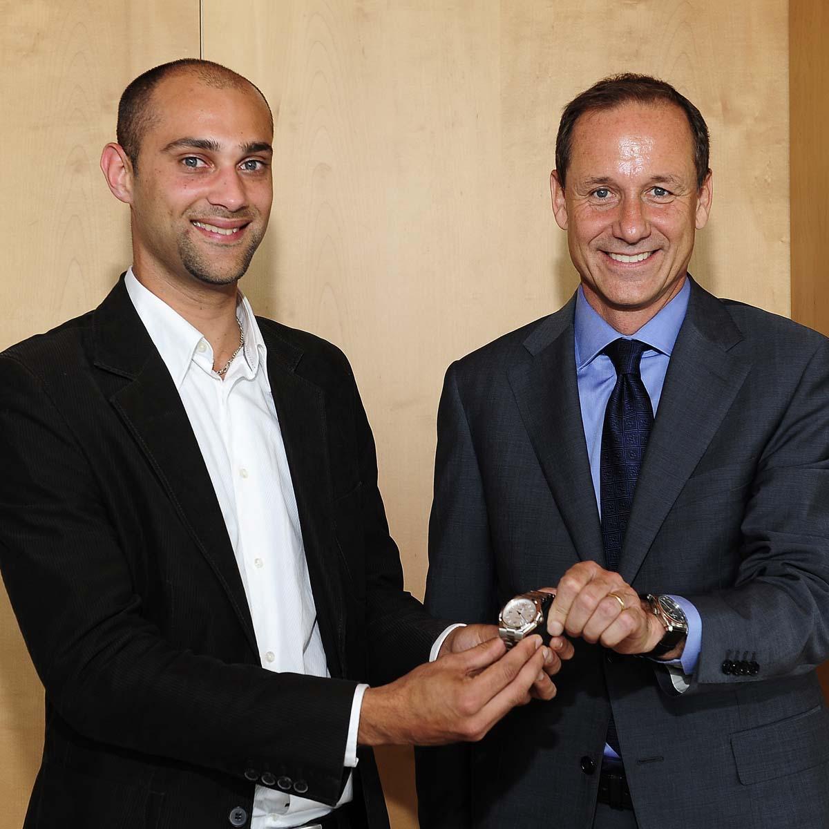 La Cote des Montres : Photo - Le Prix Vacheron Constantin des Sciences 2011 remis au Docteur Pierre Béjot