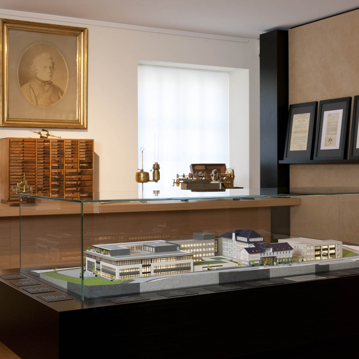 The Watch Quote: Photo - Jaeger-LeCoultre Heritage Gallery - 2012-2013 exhibition