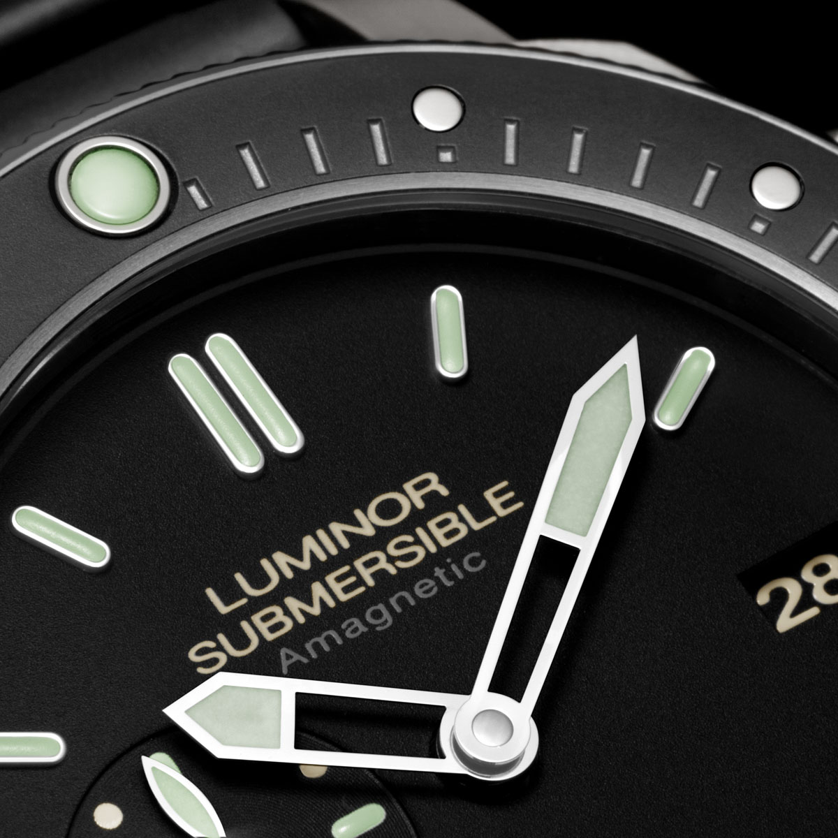 The Watch Quote: Photo - Panerai Luminor Submersible 1950 Amagnetic 3 Days Automatic Titanio – 47 MM