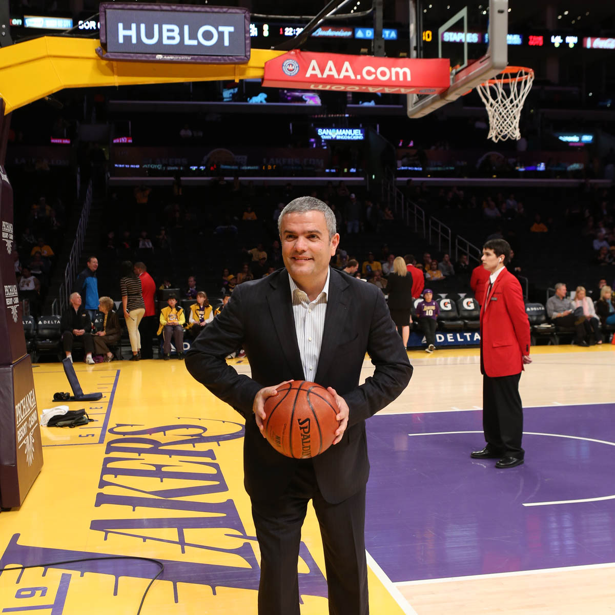 La Cote des Montres : Photo - Hublot devient premier Official Timekeeper des Los Angeles Lakers !