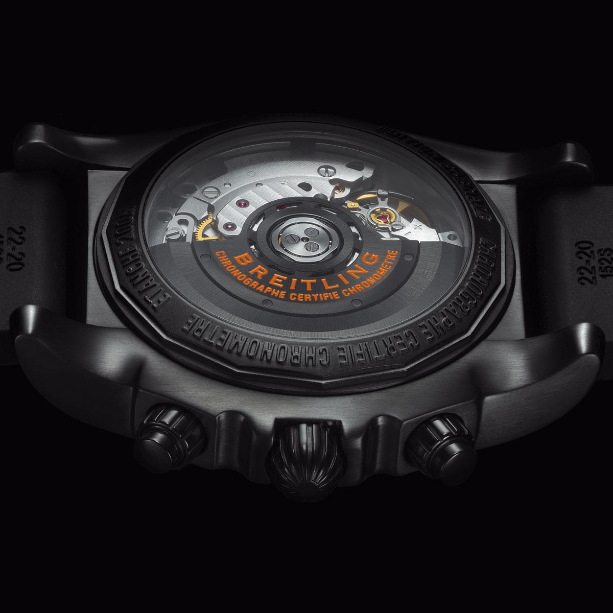 La Cote des Montres : Photo - Breitling Chronomat 44 Raven