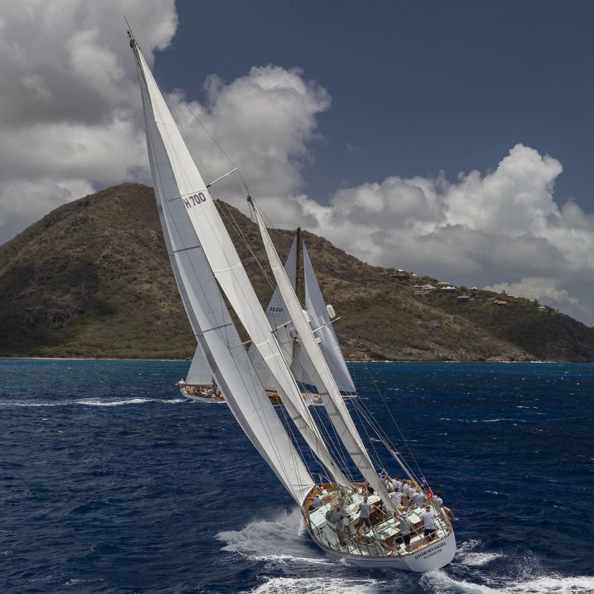 La Cote des Montres : Photo - Panerai Classic Yachts Challenge 2015 Whitehawk vainqueur à Antigua