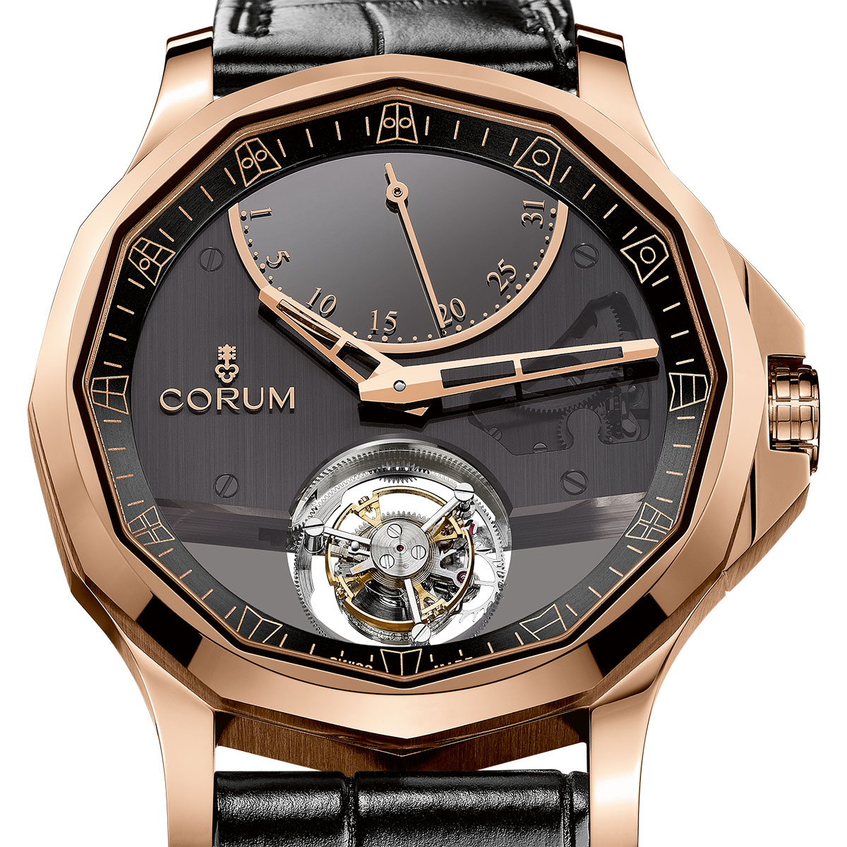 La Cote des Montres : Photo - Corum Admiral's Cup Legend 42 Flying Tourbillon