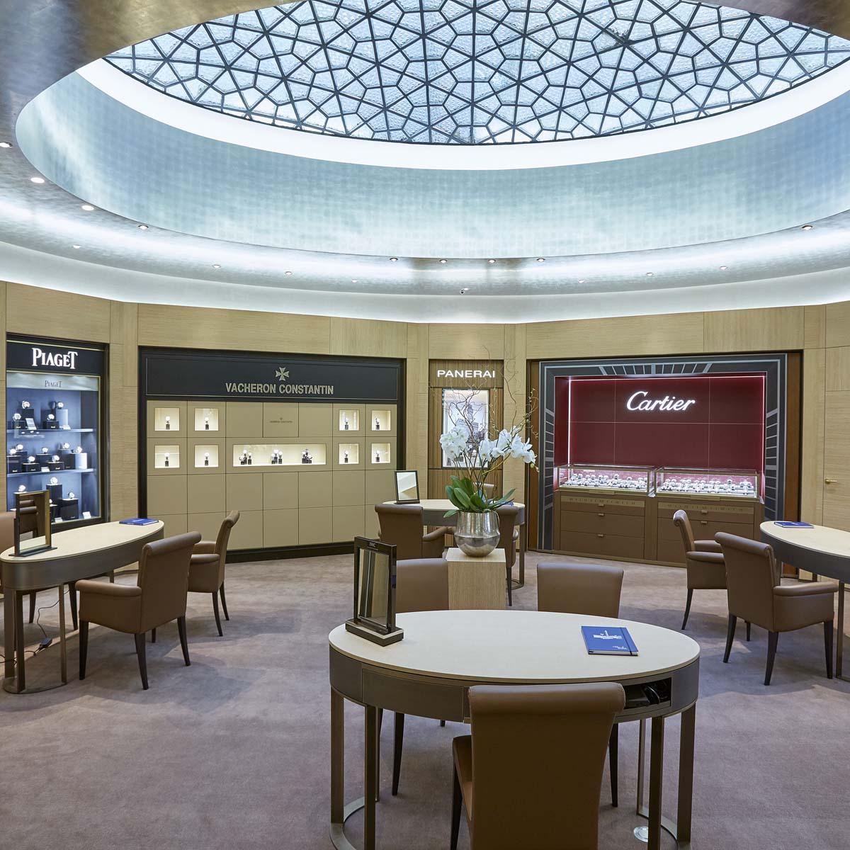 La Cote des Montres : Photo - Dubail s'empare des Champs-Elysées