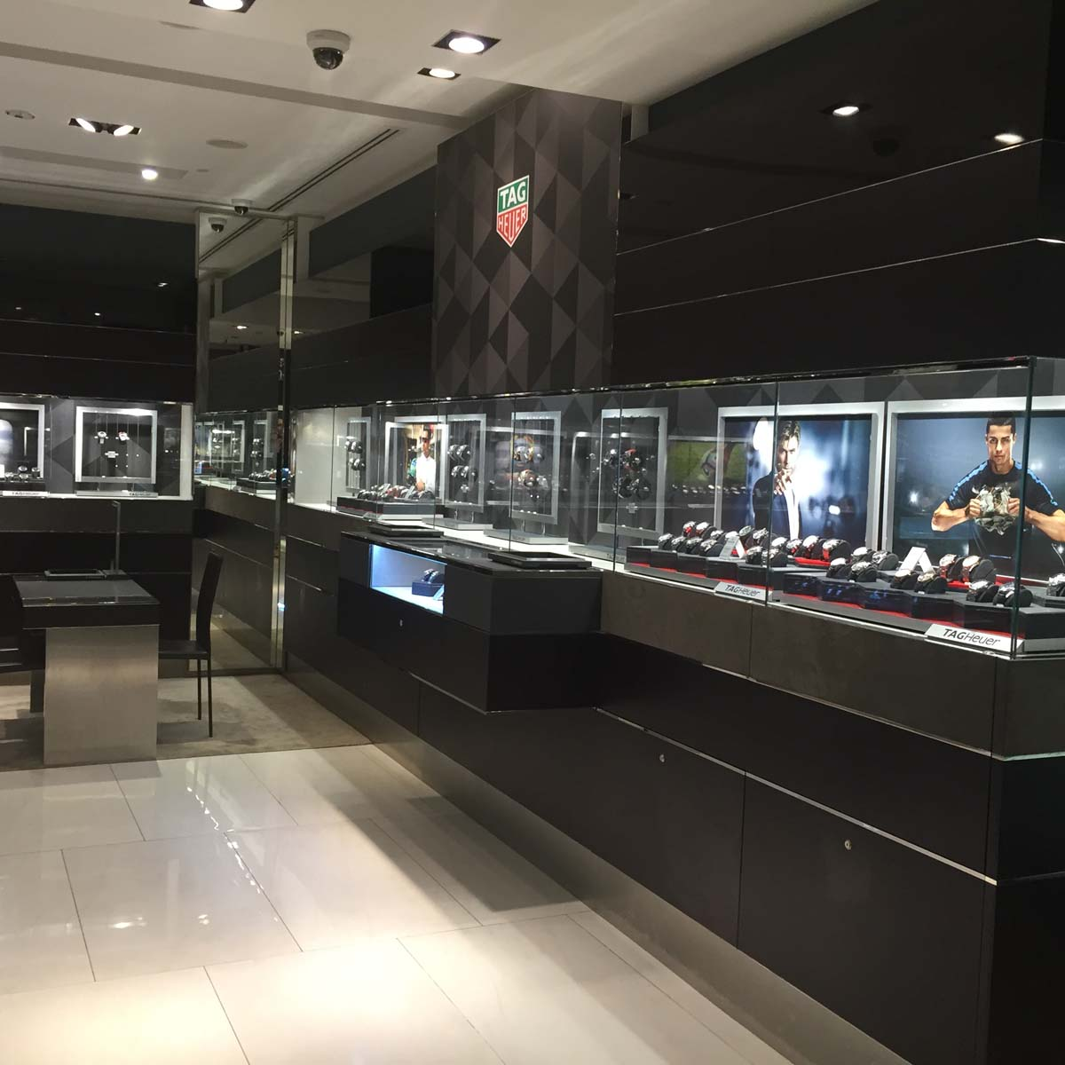 The Watch Quote: Photo - TAG Heuer gives its boutiques a facelift