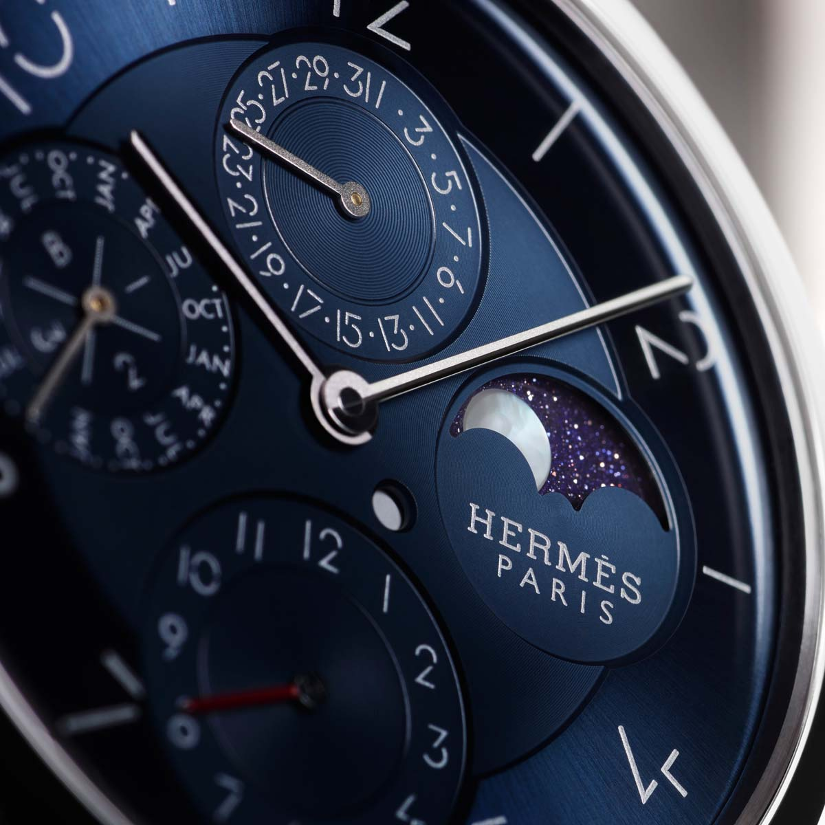 The Watch Quote: Photo - Slim d'Hermès Quantième Perpétuel Platine