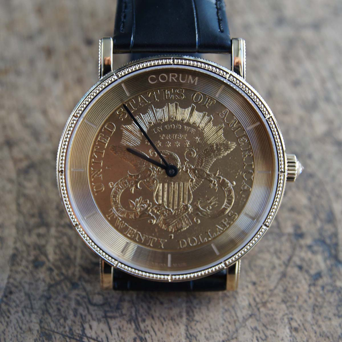 La Cote des Montres : Photo - Corum Coin Watch