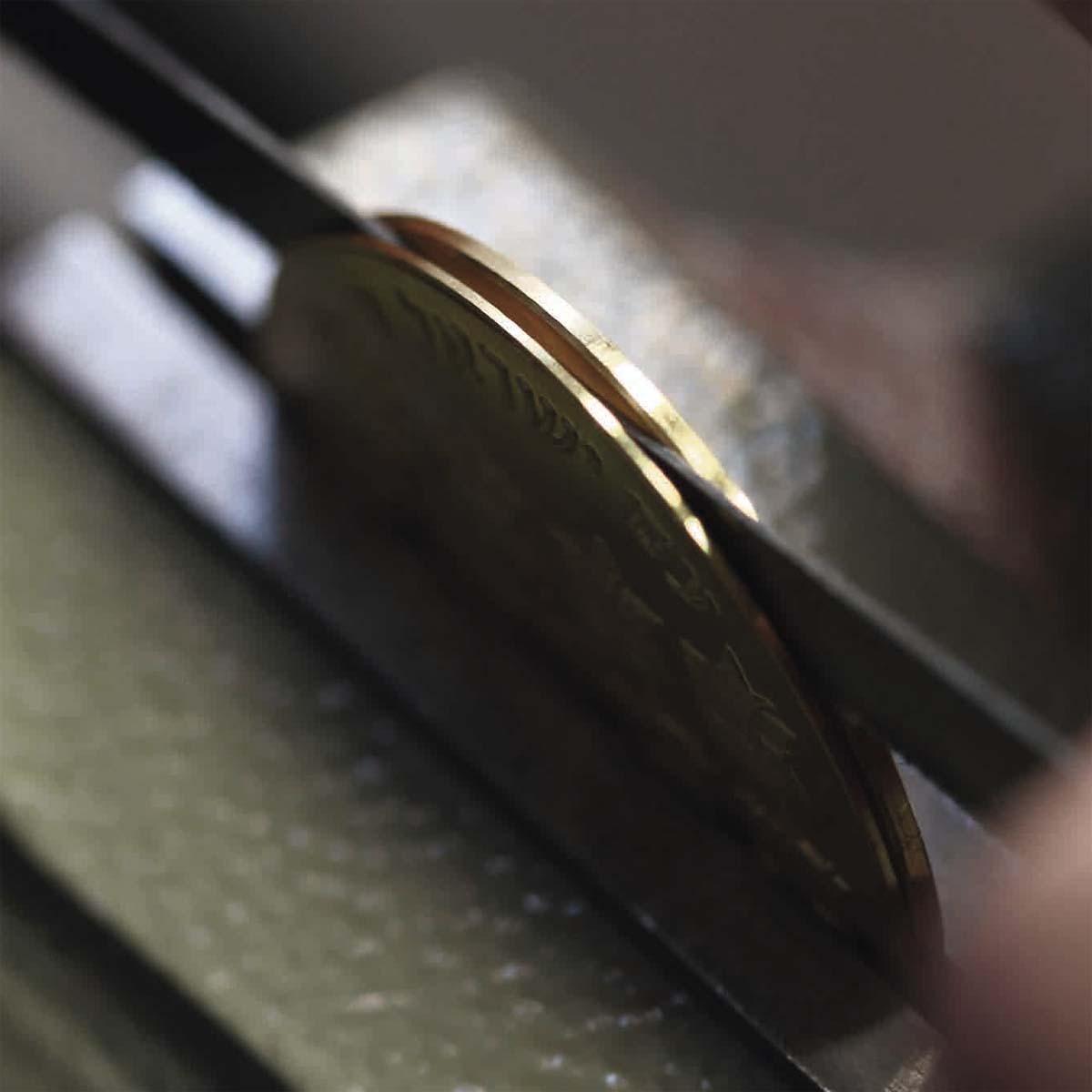 La Cote des Montres : Photo - Corum Coin Watch